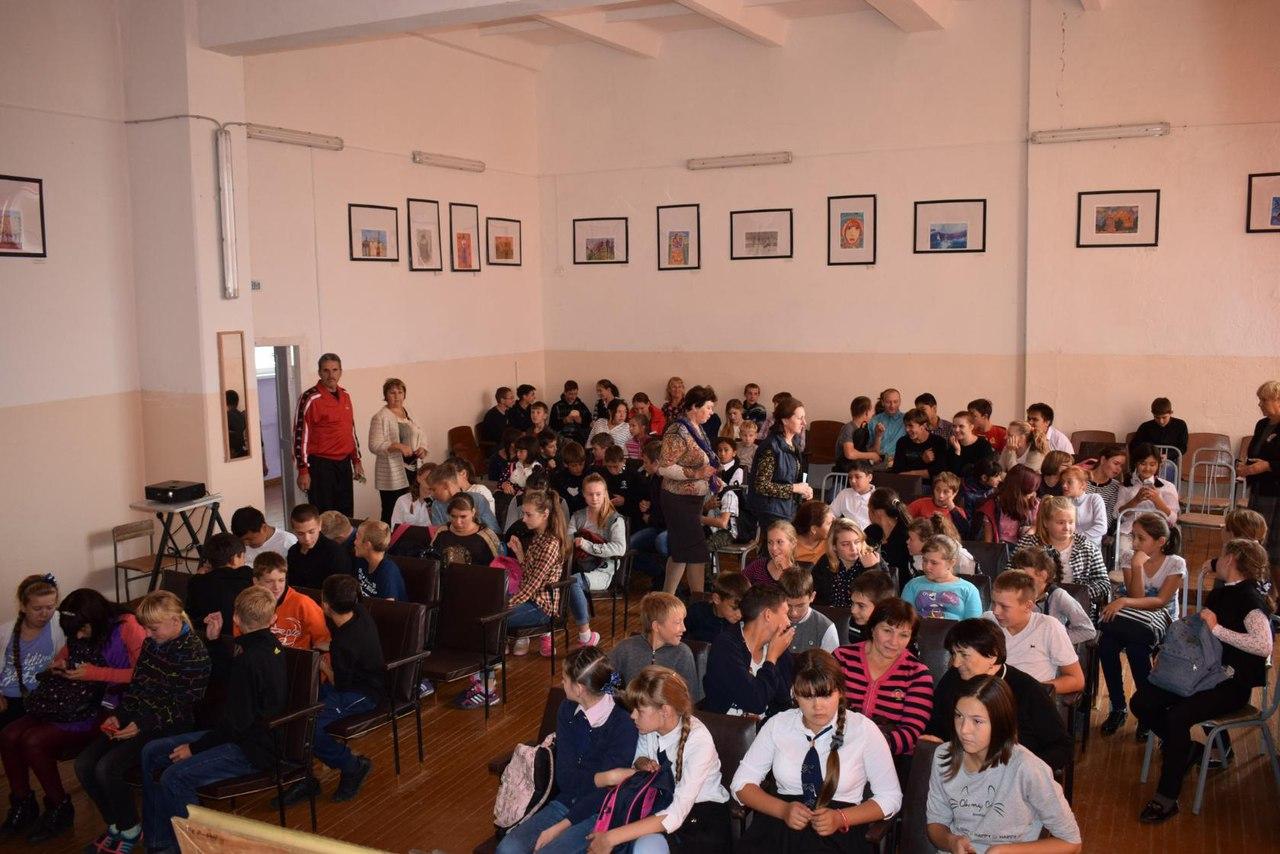 встреча с омским поэтом Петром Кузиным