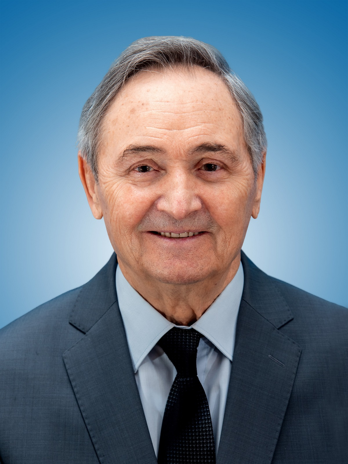 Анатолий Павлович ЛЕОНТЬЕВ